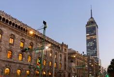 Torre Latinoamericana in Mexiko City Stockbilder
