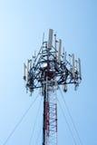 Torre móvil de los sitios de las células para la comunicación Imagen de archivo libre de regalías