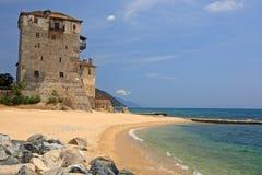 Torre medieval de Ouranoupoli, Chalkidiki, Grecia Fotos de archivo libres de regalías