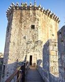 Torre medieval del castillo de Kamerlengo en Trogir Imagenes de archivo