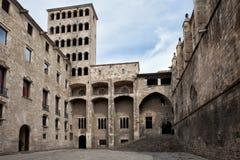 Torre Mirador και Παλάου del Lloctinent στη Βαρκελώνη Στοκ Εικόνες