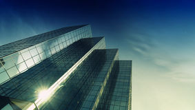 Torre moderna de la oficina del vidrio y del acero Imágenes de archivo libres de regalías