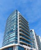 Torre moderna do condomínio foto de stock royalty free