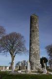 Torre monástica na jarda grave, Foto de Stock