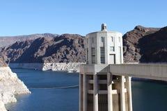 Torre na barragem Hoover fotografia de stock