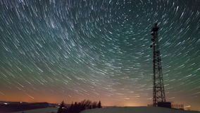 Torre na noite vídeos de arquivo