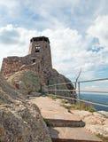 Torre negra del puesto de observación del fuego del pico de los alces [conocido antes como pico de Harney] en Custer State Park e imágenes de archivo libres de regalías