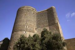 Torre nubile (Giz Galasi) a Bacu l'azerbaijan fotografia stock libera da diritti