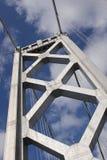 Torre occidental del puente de la bahía imagen de archivo