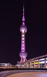 Torre oriental en la noche, Shangai, China de la perla Fotografía de archivo