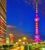 Torre orientale della perla alla notte Fotografie Stock