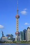 Torre orientale della perla TV di Shanghai Pudong fotografie stock
