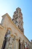 Torre partida de la catedral del santo Duje Fotos de archivo