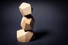 Torre a partir de tres elementos de madera Foto de archivo libre de regalías