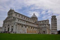 Torre pendente del quadrato della cattedrale e di Pisa Immagini Stock