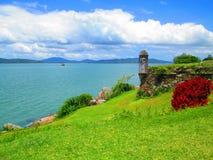 Torre que enfrenta o mar Foto de Stock Royalty Free