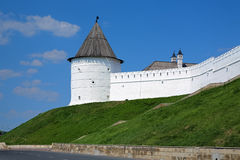 Torre redonda anónima del Kazán el Kremlin, Rusia Imagen de archivo libre de regalías