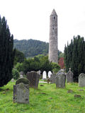 Torre redonda de Glendalough imagen de archivo