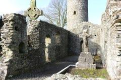 Torre redonda del monasterboice, Irlanda a partir del siglo V Fotos de archivo libres de regalías