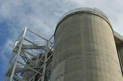 Torre refrigerando concreta Foto de Stock