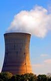 Torre refrigerando nuclear Imagem de Stock Royalty Free