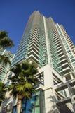 Torre residencial da ascensão elevada em San Diego Fotos de Stock Royalty Free