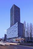 Torre residenziale a penombra, Tilburg, Paesi Bassi di West Point Fotografia Stock Libera da Diritti