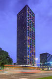Torre residenziale a penombra, Tilburg, Paesi Bassi di West Point Immagini Stock