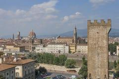 Torre San Niccolo i Florencja pejzaż miejski, Włochy Zdjęcie Stock