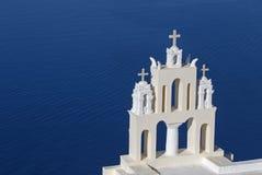 Torre sulla chiesa in Firostefani Fotografie Stock
