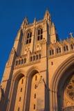 Torre Sunlit de la catedral imagen de archivo