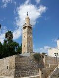 Torre velha do minarete da cidade Fotografia de Stock