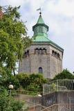 Torre velha do relógio do fogo em Stavanger, Noruega imagem de stock royalty free