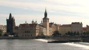 Torre vieja del puente de la ciudad, Praga almacen de metraje de vídeo