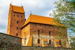 Torre y edificio del castillo imagen de archivo