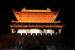 Torre y puerta de Yueyang Imágenes de archivo libres de regalías