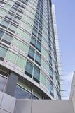 Torre y rascacielos corporativos modernos en Bellevue Imagen de archivo libre de regalías
