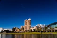 Torrens See und Adelaide szenisch Stockbilder