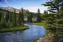 Torrente montano in tellururo, tramonto di Colorado fotografia stock
