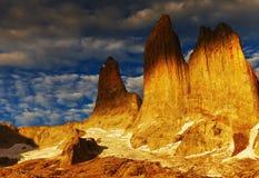 Torres在日出的del paine 图库摄影