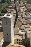 Torres altas de San Gimignano em Toscânia fotos de stock