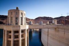 Torres da barragem Hoover hidromel no Rio Colorado, lago Foto de Stock Royalty Free