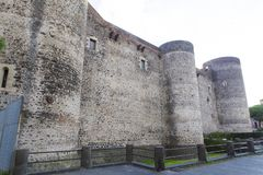 Torres da defesa de Castello Ursino foto de stock