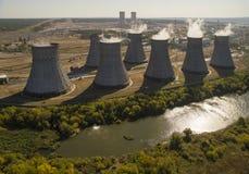 Torres da opinião aérea do central nuclear Imagem de Stock Royalty Free