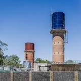 Torres de água e trabalhos do tratamento fotos de stock royalty free