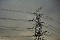 Torres de alto voltaje. Imagenes de archivo