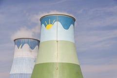 Torres de enfriamiento - Opole, Polonia Imágenes de archivo libres de regalías