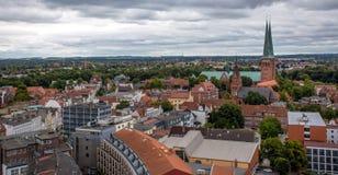 Torres de iglesia góticas en la cuba de tintura del ¼ de LÃ, Alemania Imagen de archivo