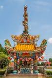 Torres de la estatua dos de los dragones Imagen de archivo