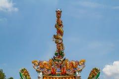 Torres de la estatua dos de los dragones Foto de archivo libre de regalías